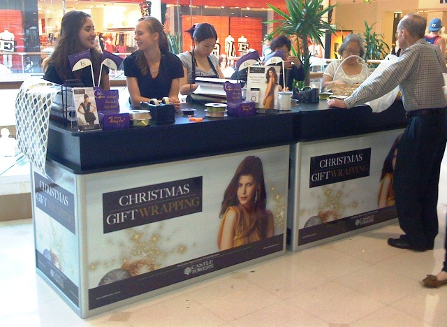 Shop The Mall Mall Merchandising Table Top For Gift Wrapping